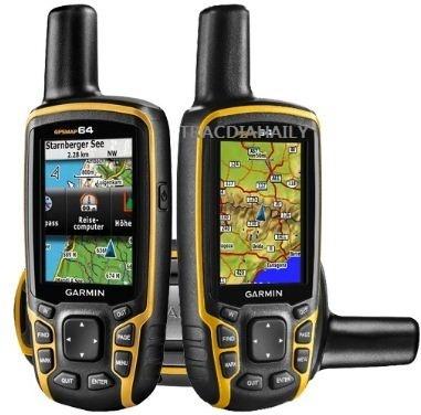 MAY-DINH-VI-GPS-CAM-TAY-GARMIN-64